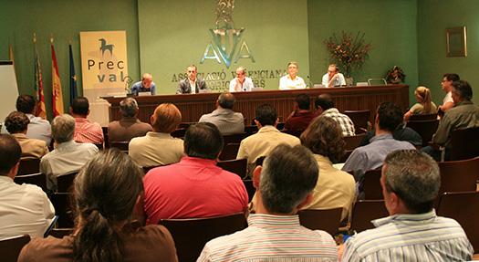 Reunión informativa sobre el sector equino.